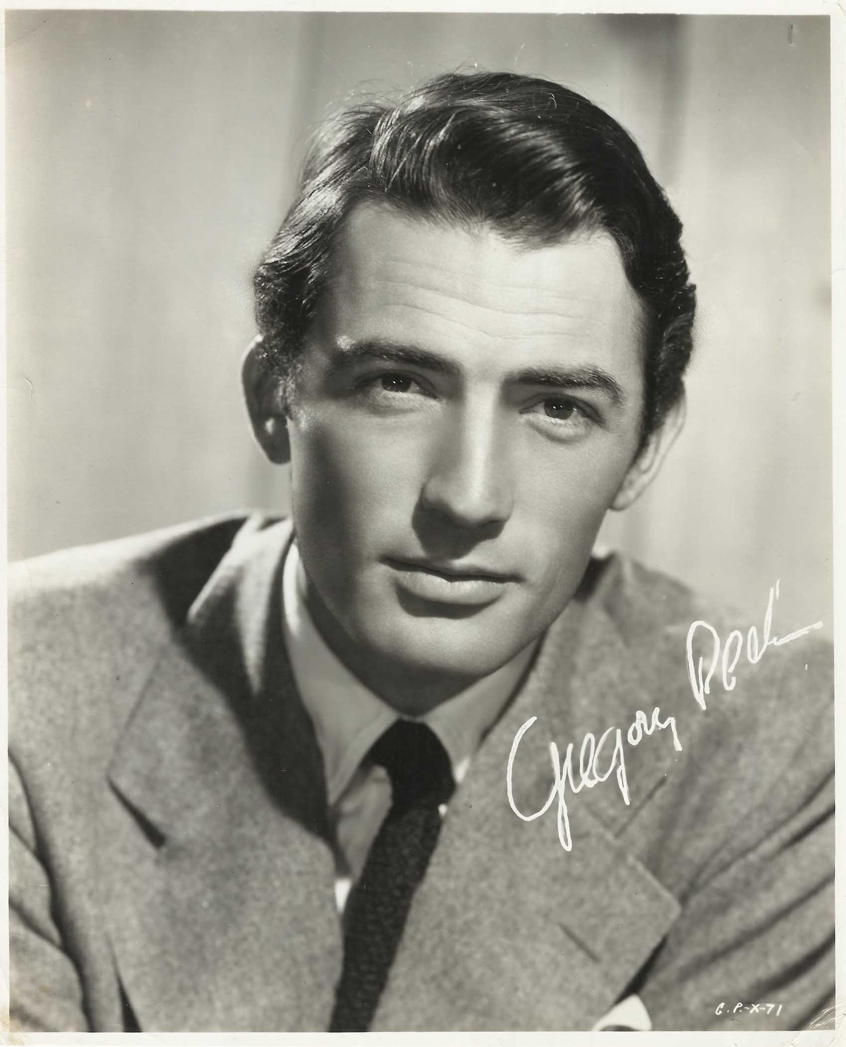 506373551823396664 together with Retro Renovations 2014 Color Year Harvest Gold further Gregory Peck Original Vintage Printed Signature Photo 1940s Portrait also 21804728 as well 648568063. on vintage appliances ads
